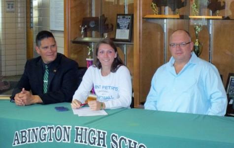 Katie Donovan Signs Letter of Intent