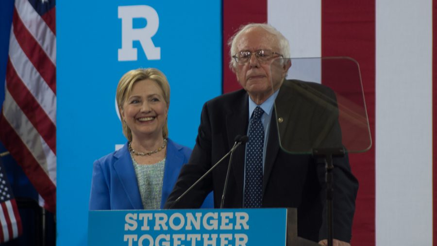 Bernie+Sanders+%26+Hillary+Clinton