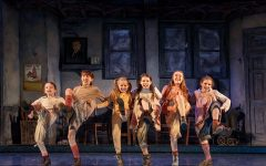 """""""Annie"""" Opening Provides Opportunity for Student Journalists"""