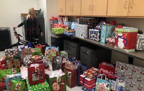 Abington High's Holiday Helpers