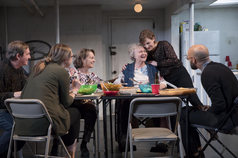 The Humans cast Richard Thomas, Therese Plaehn, Pamela Reed, Lauren Klein, Daisy Eagan, and Luis Vega