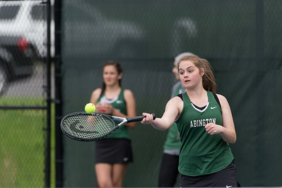 Tennis Team Serve's Up a Great Season