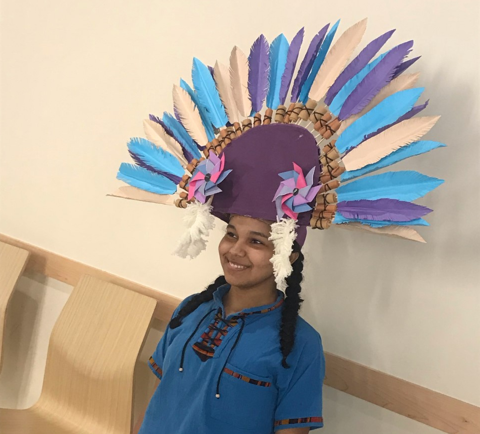 Arlene+Perez%2C+a+senior+at+AHS%2C+participated+in+the+fashion+show+on+Monday%2C+October+7%2C+2019+at+AHS.
