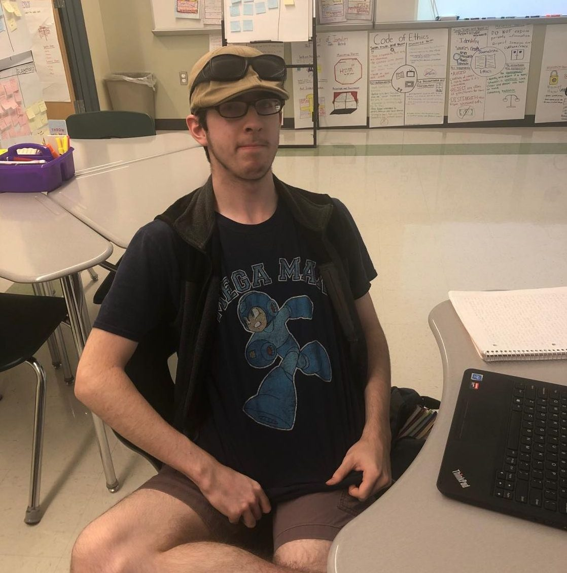 AHS+student+Connor+Lee%2C+Class+of+2021%2C+wears+a+dark+blue+T-shirt+in+his+English+class+in+recognition+of+World+Bullying+Prevention+Day+on+Monday%2C+Oct.+7%2C+2019.++