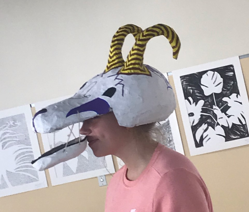 Senior+Seanna+Phillips+models+her+wearable+sculpture+which+she+work+for+the+fashion+show+held+on+Monday%2C+October+7%2C+2019+outside+of+the+library+at+the+high+school.