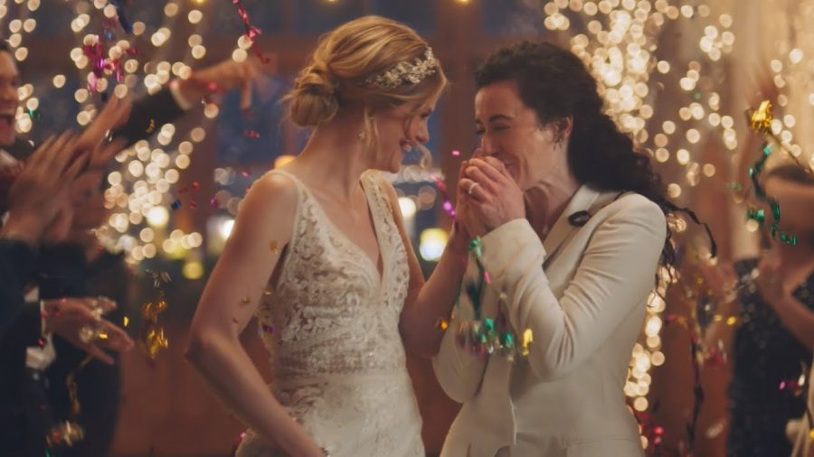 Same-sex wedding ad by Zola aired on the Hallmark channel creating a lot of online controversy.