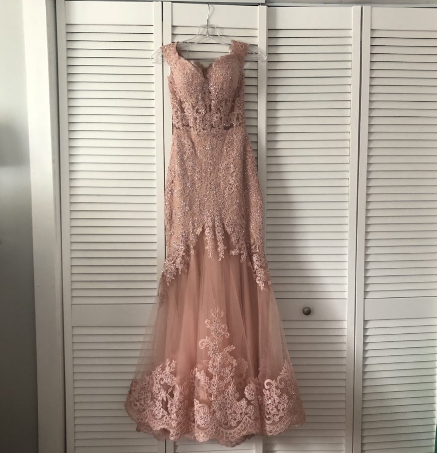 Prom dresses have hung in many students closets since last year because of the cancellation of Junior Prom due to COVID.